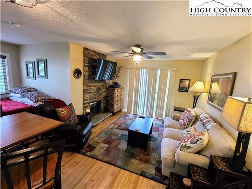 Photo of 301 Pinnacle Inn Road #1101, Beech Mountain, NC 28604 (MLS # 232818)