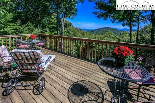 Photo of 304 Lakeledge Road, Beech Mountain, NC 28604 (MLS # 217824)