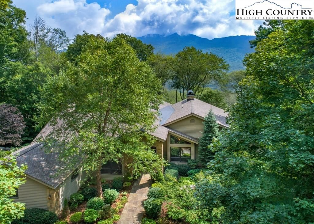 Photo for 14 Grouse Moor Drive, Linville, NC 28646 (MLS # 222829)