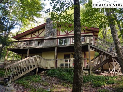 Photo of 106 Greenbriar Road, Beech Mountain, NC 28604 (MLS # 224841)