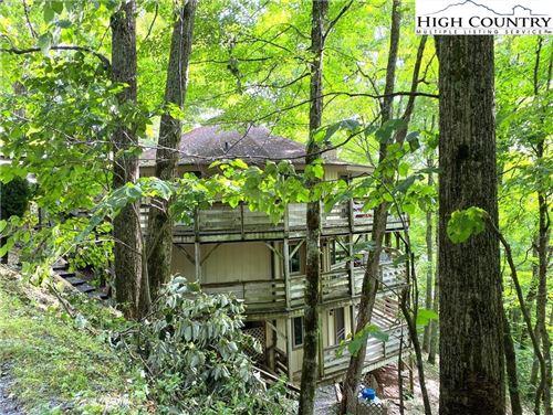 Photo of 315 Timber Ridge #E15, Sugar Mountain, NC 28604 (MLS # 232847)