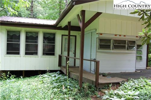 Photo of 89 Black Pine Road, Linville, NC 28646 (MLS # 222848)