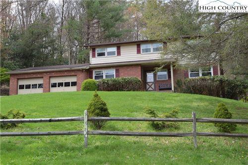 Photo of 46 Green House Road, Roaring Gap, NC 28668 (MLS # 219867)