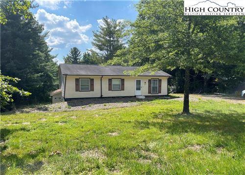 Photo of 477 Hardaman Circle, Boone, NC 28607 (MLS # 232879)