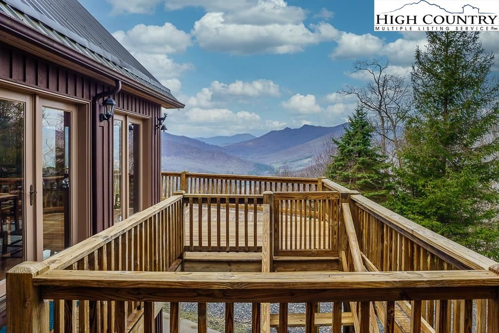 Photo of 670 Bluff View Drive, West Jefferson, NC 28694 (MLS # 220897)
