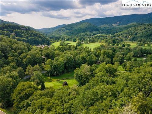 Photo of 128 Charter Ridge, Banner Elk, NC 28604 (MLS # 230910)