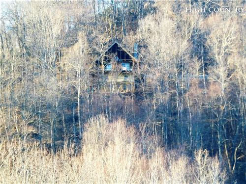 Photo of 742 Round Knob Ridge Road, West Jefferson, NC 28694 (MLS # 211936)