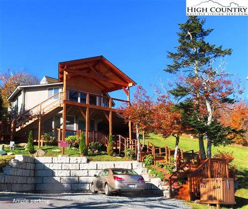 Photo of 114 Ski Loft Road, Beech Mountain, NC 28604 (MLS # 230956)