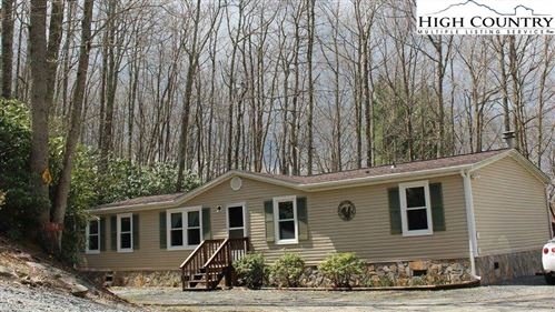 Photo of 94 Farview Lane, Newland, NC 28657 (MLS # 220958)