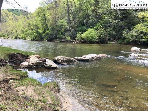 Photo of 539 White Pine Drive, Ennice, NC 28623 (MLS # 227959)