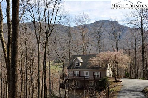 Photo of 280 Isle Of Skye, Banner Elk, NC 28604 (MLS # 212969)