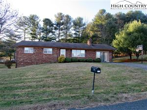 Photo of 261 Mountain View Road, Jefferson, NC 28640 (MLS # 218970)