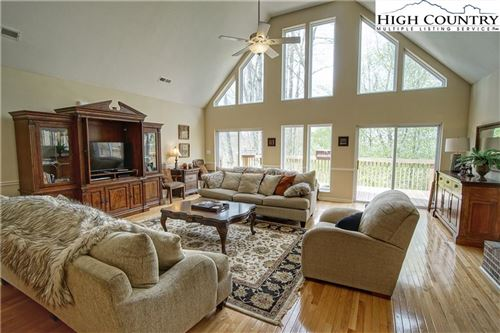 Photo of 211 Overbrook Trail, Beech Mountain, NC 28604 (MLS # 221989)