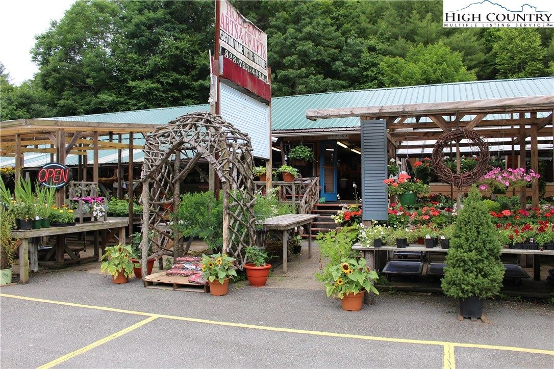 Photo for 4294 Linville Falls Highway, Newland, NC 28657 (MLS # 222998)
