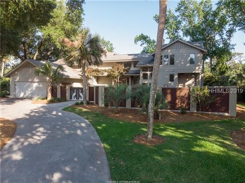 Photo of 17 S Live Oak ROAD, Hilton Head Island, SC 29928 (MLS # 394054)