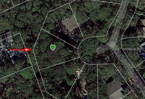 Photo of 13 Hollyberry LANE, Hilton Head Island, SC 29928 (MLS # 342061)