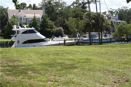 Photo of 37 Sparwheel LANE, Hilton Head Island, SC 29926 (MLS # 365069)