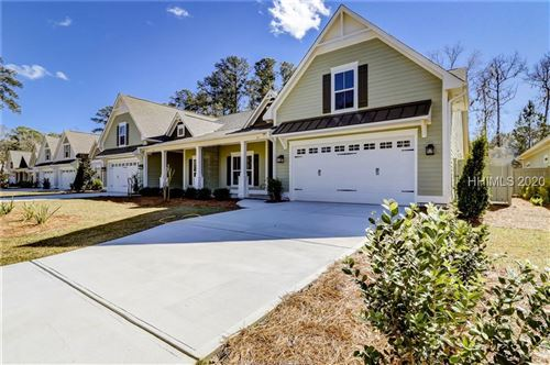 Photo of 24 Heartwood Court, Bluffton, SC 29910 (MLS # 400087)