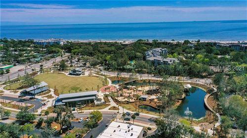 Photo of 10 S Forest Beach Drive #425, Hilton Head Island, SC 29928 (MLS # 418209)