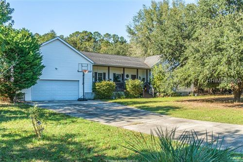 Photo of 5 Pond View Court, Bluffton, SC 29910 (MLS # 410221)