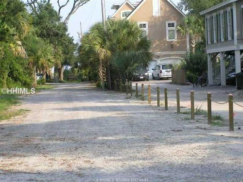 Photo of 21 Holloman Trace, Hilton Head Island, SC 29928 (MLS # 323238)