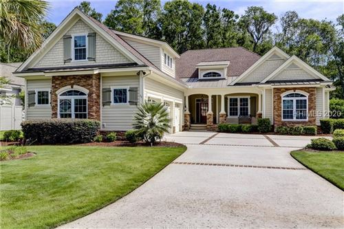 Photo of 20 Driftwood Court W, Bluffton, SC 29910 (MLS # 405366)