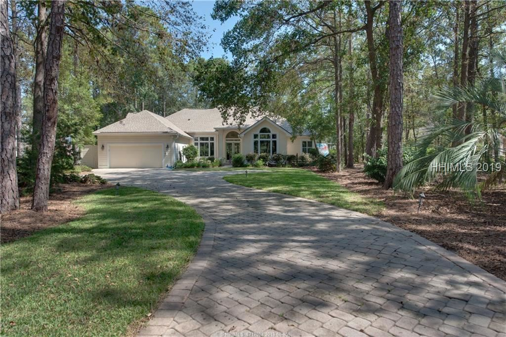 Photo for 2 Toppin COURT, Hilton Head Island, SC 29926 (MLS # 370451)