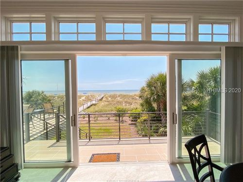 Photo of 28 Carters Manor, Hilton Head Island, SC 29928 (MLS # 402527)
