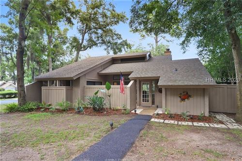 Photo of 6 Stable Gate Road, Hilton Head Island, SC 29926 (MLS # 404611)