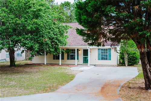 Photo of 5 Eagle Trace Court, Beaufort, SC 29907 (MLS # 415630)