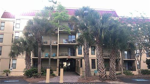 Photo of 34 S Forest Beach Drive #8B, Hilton Head Island, SC 29928 (MLS # 414641)