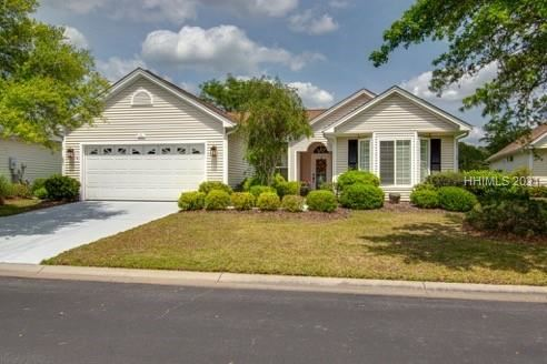Photo of 7 Sanders Court, Bluffton, SC 29909 (MLS # 414705)