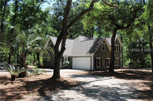 Photo of 2 Oxeye Lane, Beaufort, SC 29907 (MLS # 401840)