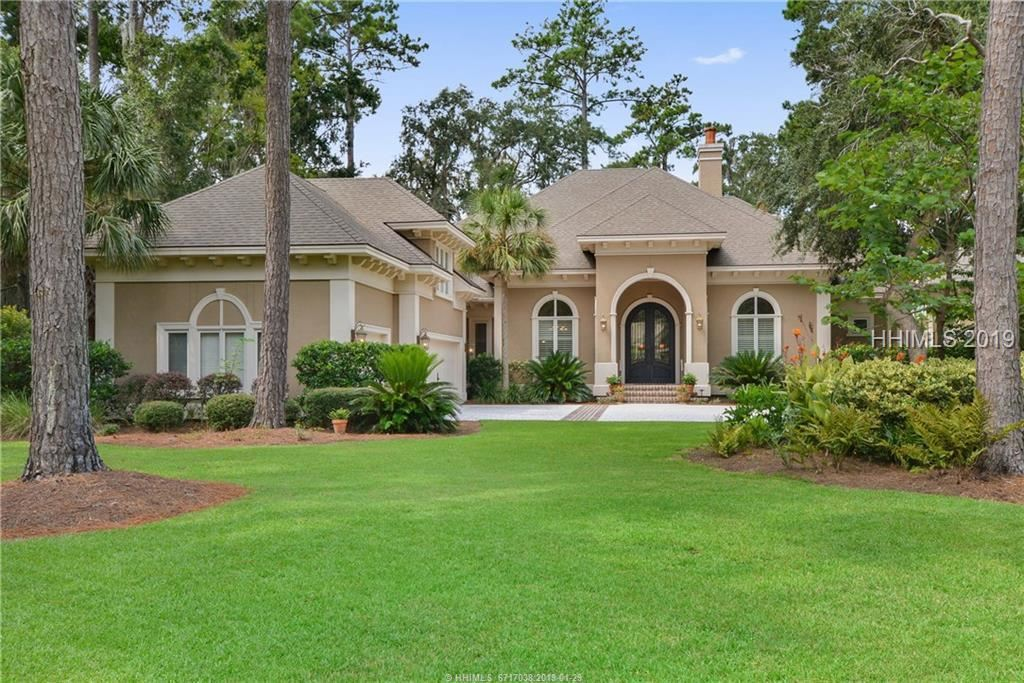 Photo for 15 Inverness DRIVE, Bluffton, SC 29910 (MLS # 385939)