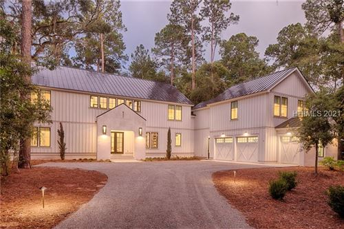 Photo of 2 NE Greenleaf Road NE, Bluffton, SC 29910 (MLS # 414960)