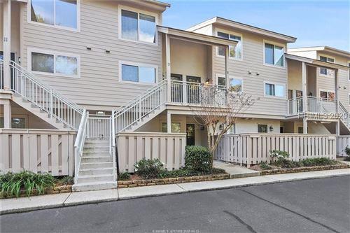 Photo of 15 Deallyon AVENUE, Hilton Head Island, SC 29928 (MLS # 398972)