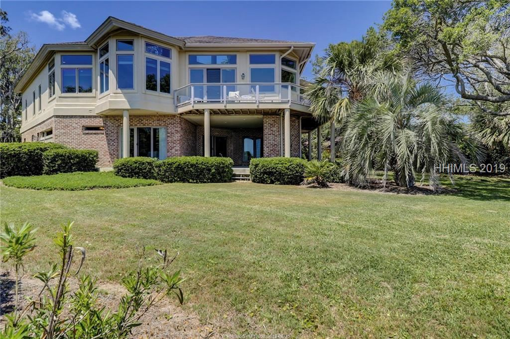 Photo for 8 Heyward PLACE, Hilton Head Island, SC 29928 (MLS # 380983)