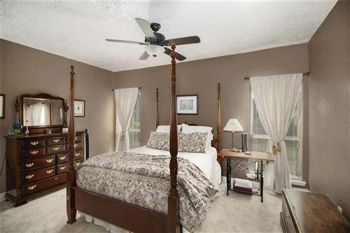 Tiny photo for 2119 Lake Village Drive, Houston, TX 77339 (MLS # 42134004)