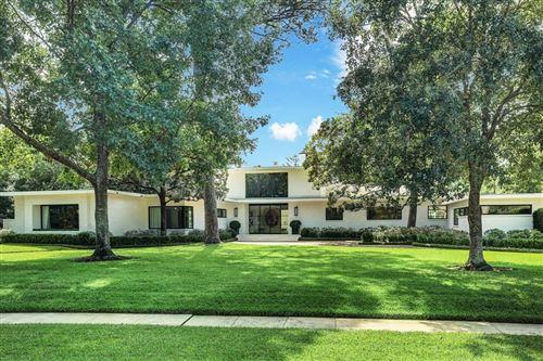 Photo of 3723 Knollwood Street, Houston, TX 77019 (MLS # 4645005)