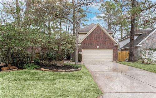 Photo of 177 S Hollylaurel Circle, The Woodlands, TX 77382 (MLS # 98238005)