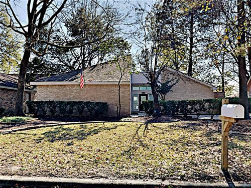 Photo of 3602 Hill Springs Drive, Houston, TX 77345 (MLS # 92061006)