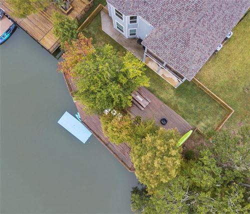 Photo of 1098 Lakeview Bend Lane, Kemah, TX 77565 (MLS # 59501008)