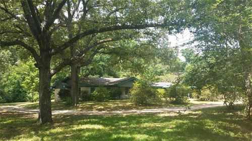 Photo of 9900 Heritage Ranch Rd, Conroe, TX 77303 (MLS # 79605010)