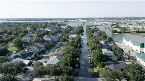 Photo of 24 Harbor Lane, Kemah, TX 77565 (MLS # 78595011)