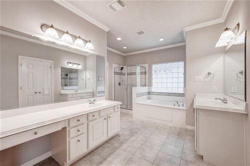Tiny photo for 7822 Shady Villa Cove, Houston, TX 77055 (MLS # 82504011)