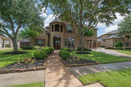 Photo of 213 Hunters Lane, Friendswood, TX 77546 (MLS # 79968012)