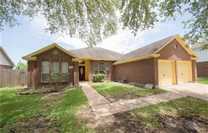 Photo of 2915 Downing Street, Pearland, TX 77581 (MLS # 61415013)