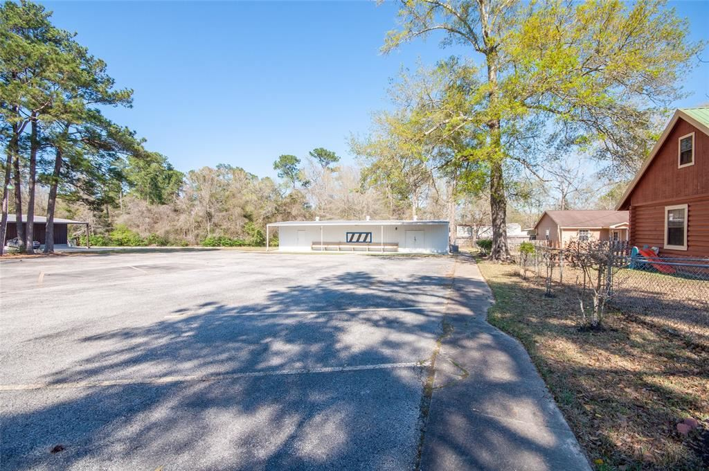 Photo of 19363 Fm 1485 Road, New Caney, TX 77357 (MLS # 25749013)