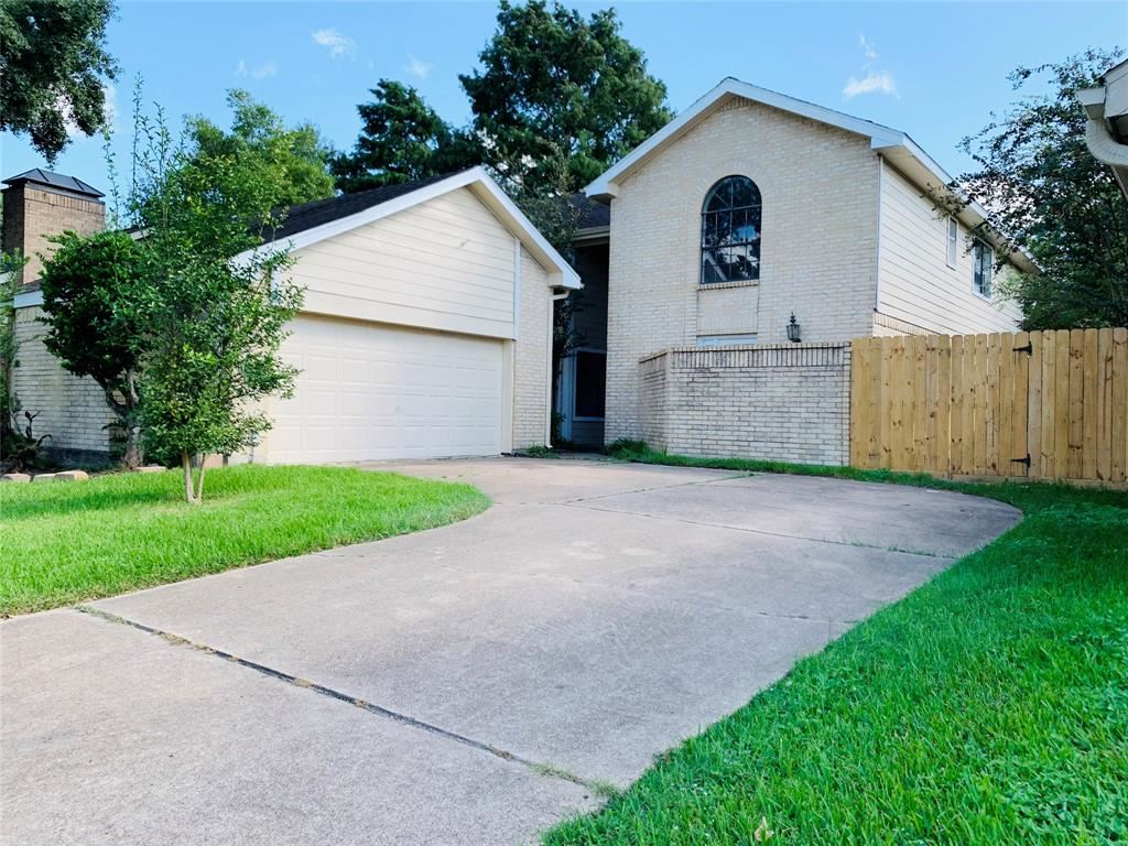 Photo for 12618 Ashford Pine Drive, Houston, TX 77082 (MLS # 58892016)