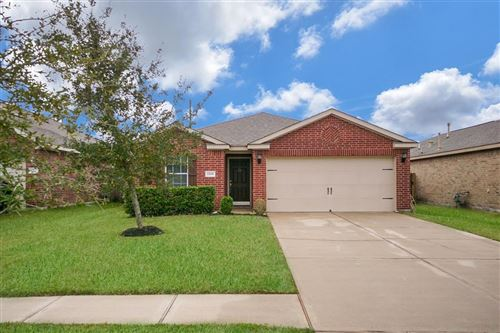 Photo of 2206 Sterling Oaks Drive, Rosharon, TX 77583 (MLS # 59288019)